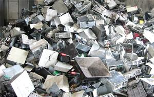 lomtalanítás és hulladékszállitás konténerrel